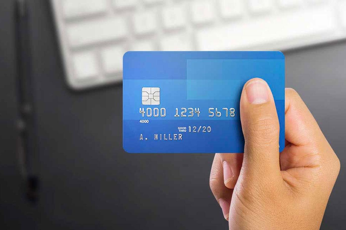 Notre comparatif pour choisir une carte de crédit LCL